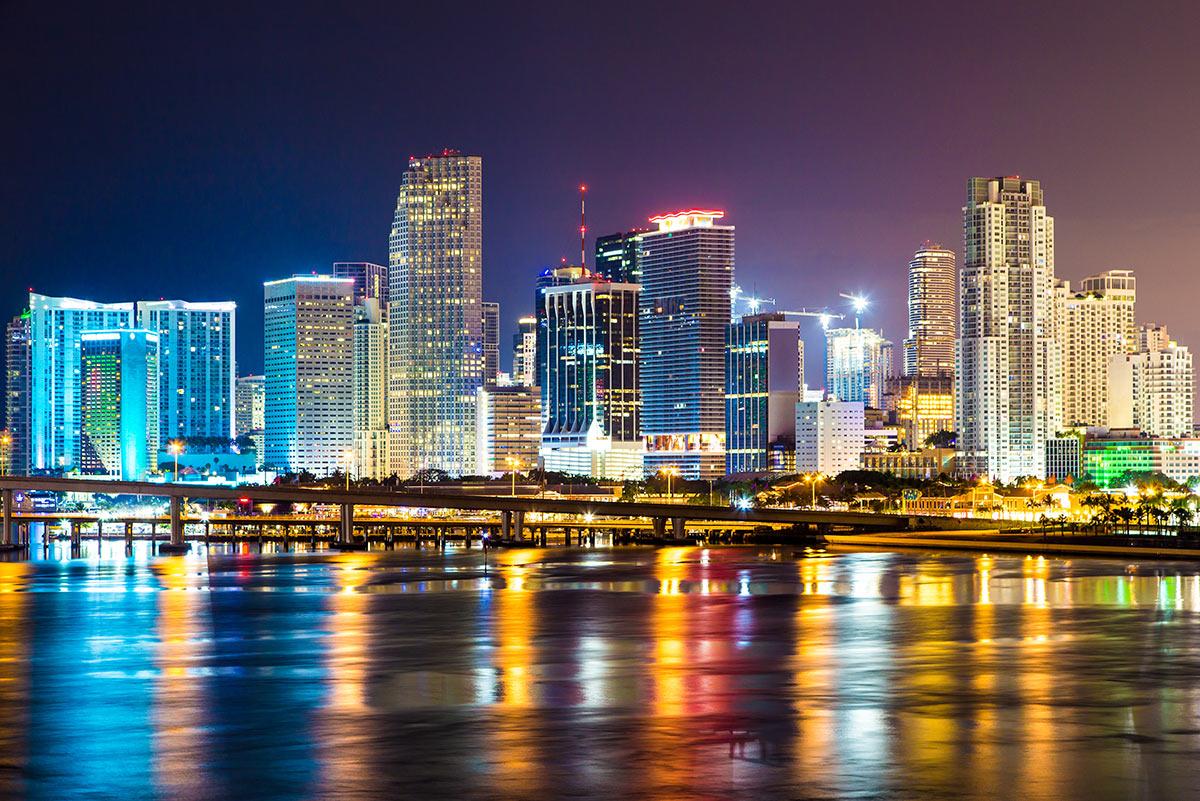 downtown-miami-night